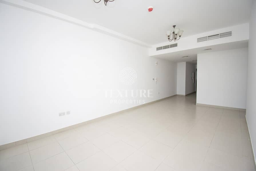 Best Deal | Spacious 1 Bed Apartment + Store