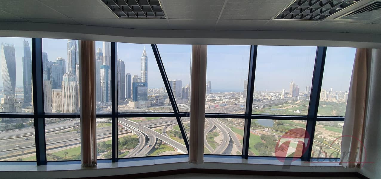 2 Higher floor office for sale with Sky and Golf View in Jumeirah Bay