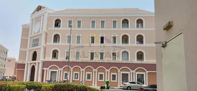 استوديو  للايجار في المدينة العالمية، دبي - شقة في الحي الإيطالي المدينة العالمية 17000 درهم - 4878676