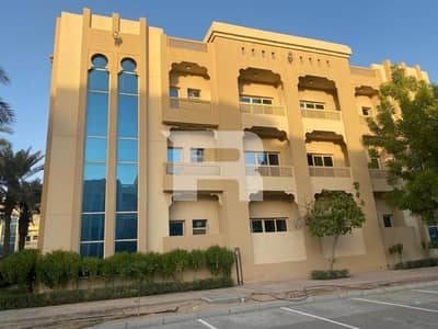 Building for Sale in Dubai Investment Park (DIP), Dubai - High ROI | Full Building w/ 12 Units DIP