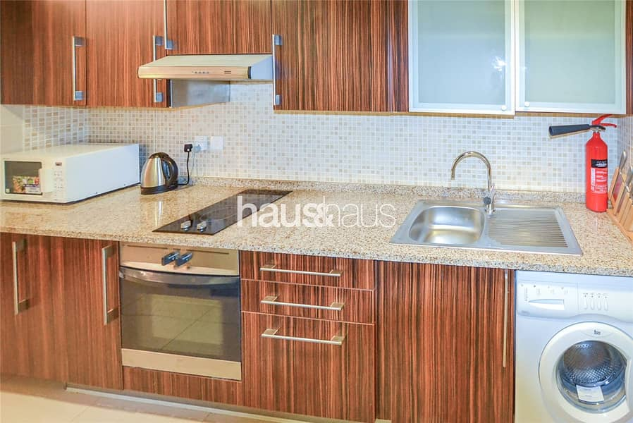 2 Studio| Fully furnished| Lake view| Available now