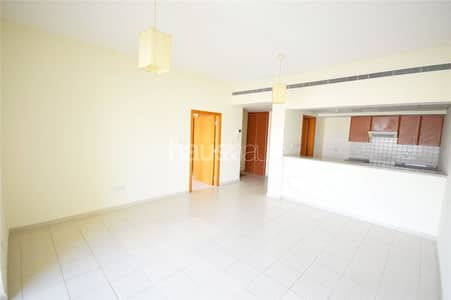 1 Bedroom Apartment for Rent in The Greens, Dubai - Well-Maintained Unit | Multiple Cheques
