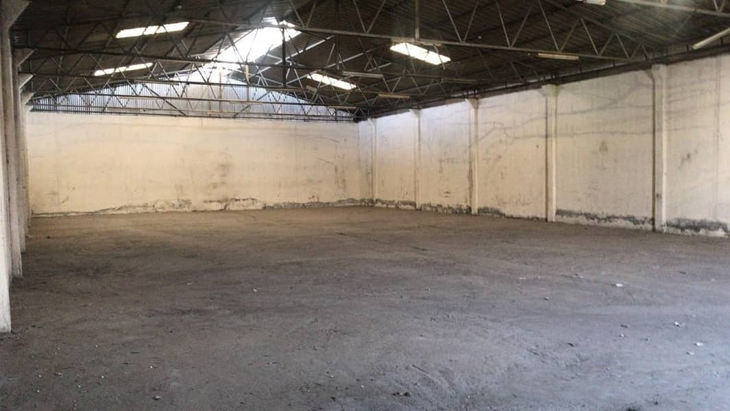 Exclusive Warehouse   Suitable for Industrial Storage   Size:5000 SqFt