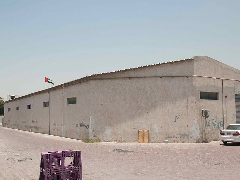10 Exclusive Warehouse   Suitable for Industrial Storage   Size:5000 SqFt