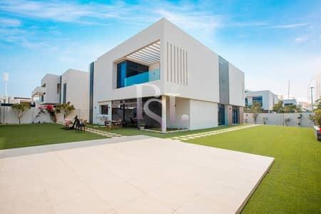 فیلا 5 غرف نوم للبيع في جزيرة ياس، أبوظبي - Biggest Layout Luxurious Villa w/ Private Garden!