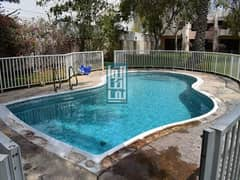 Near The Beach Beautiful 3 Bedroom & Shared Pool. .