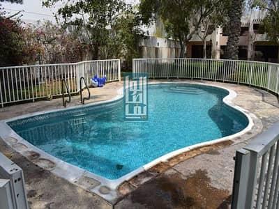 3 Bedroom Villa for Rent in Jumeirah, Dubai - Near The Beach Beautiful 3 Bed Shared Pool & Garden