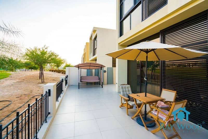 2 Type THLA 4 Bedroom+Maid New Vacant