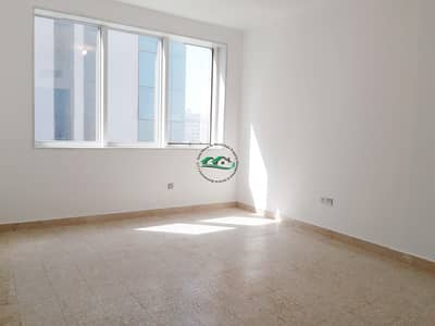 Spacious & Charming 1 BR in Great Location Parking Gym Pool