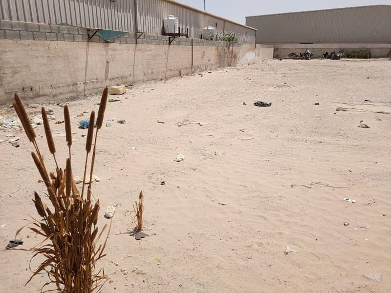 3 Industrial plot for yearly rent in Al Quoz on the Main road