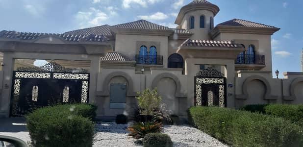 6 Bedroom Villa for Rent in Al Quoz, Dubai - Huge 6 Bedroom Villa with Pool and Lift in Al Quoz 1. . . !!