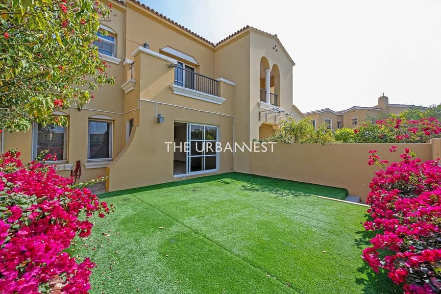 2 Charming Type C | Private Garden | Full Lake View