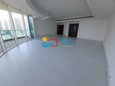 شقة 4 غرف نوم للايجار في الخالدية، أبوظبي - Fully Sea View Duplex 3 BR With Balcony And Parking.