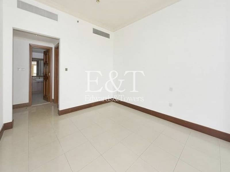 2 Available Now | Spacious One Bed | High Floor