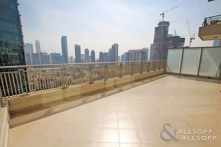 1 Bedroom Apartment for Rent in Downtown Dubai, Dubai - High Floor | Large Terrace | Fountain View