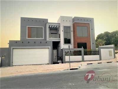 فیلا 6 غرف نوم للبيع في الفرجان، دبي - Corner Villa| Brand New|6 bedroom majlis
