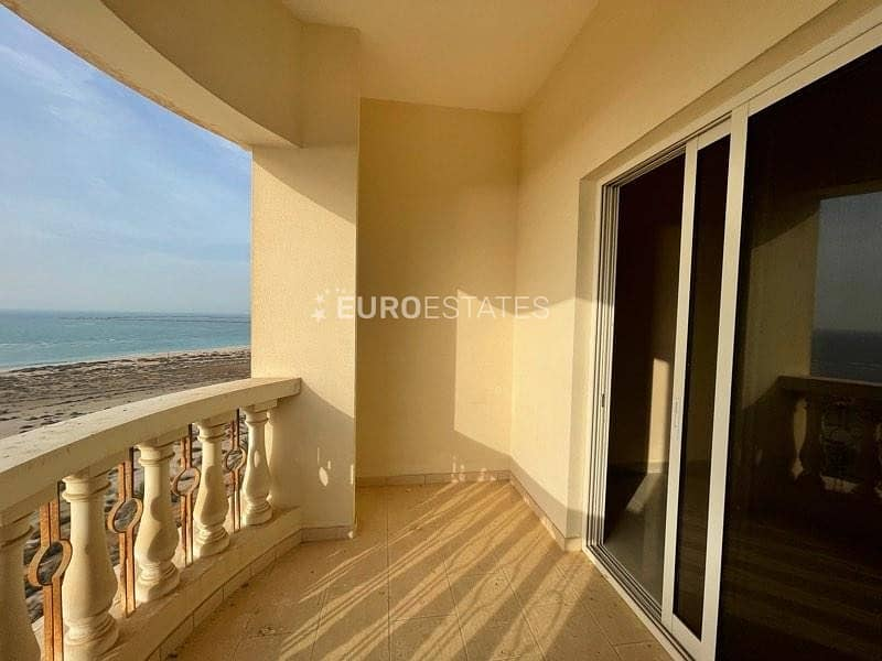 2 Cozy Studio Apt. + Great Sea View