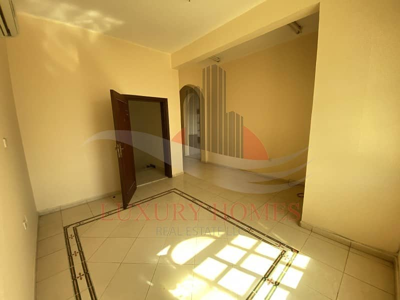 Bright and Spacious with Easy Exit to Dubai Road