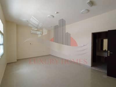 فیلا 5 غرف نوم للايجار في النیادت، العین - Modern appeal featuring lifestyle amenities
