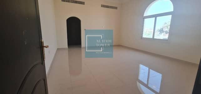 Studio for Rent in Al Wahdah, Abu Dhabi - Spacious Separate Studio - near Al WAhda Mall