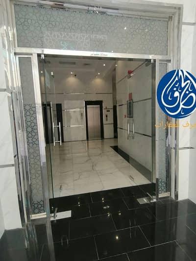 للبيع بناية بعجمان  بمنطقة المويهات 2 سكني تجاري  تملك حر  مع التسهيلات البنكية