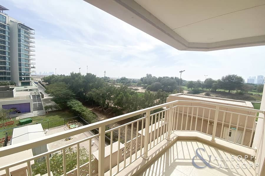 2 Beds | Golf Course View | Chiller Free