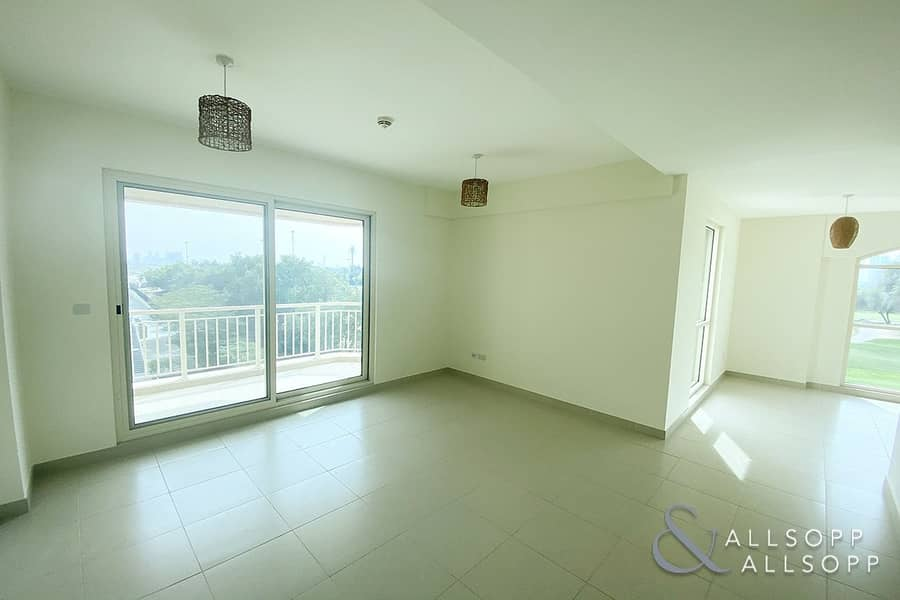 2 2 Beds | Golf Course View | Chiller Free