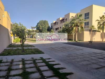 4 Bedroom Villa for Sale in Al Raha Gardens, Abu Dhabi - Hot Deal Large 4 BR Villa Type 10 Close to Gate -Single Row  2.6M 50K