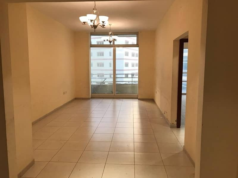 2 Spacious 2BHK apartment is available in Al BARSHA 1 Close to Mall Of  the Emirates