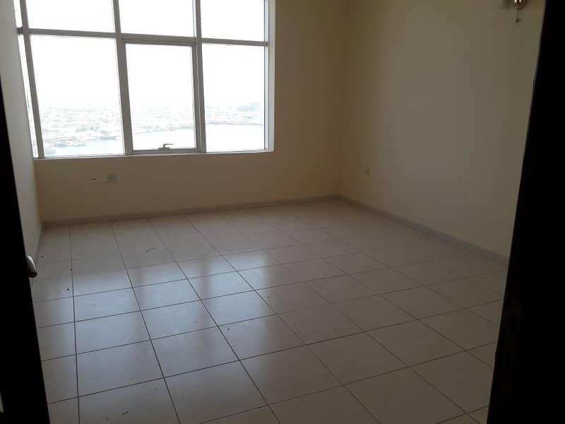 للايجار غرفتين وصالة فى ابراج الهورايزون مع الباركنج مساحة ممتازة