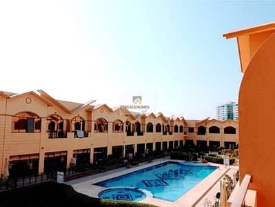 فیلا 6 غرف نوم للايجار في البرشاء، دبي - فیلا في البرشاء 1 البرشاء 6 غرف 200000 درهم - 5002225