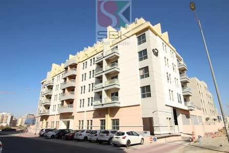 استوديو  للايجار في الورسان، دبي - Large Studio For Rent With One Month Free In Warsan-4