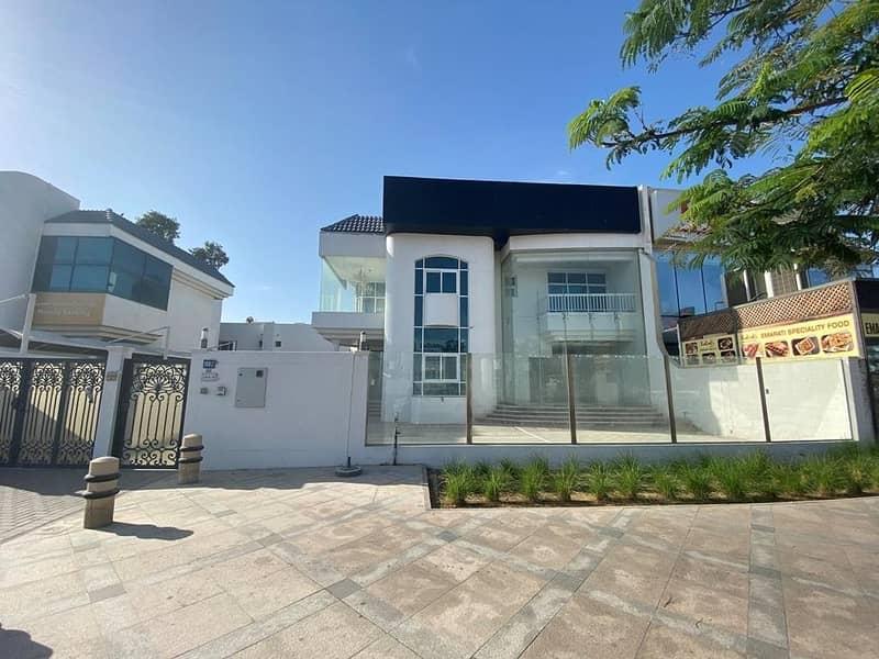2 4 BR Villa next to Mercato Mall and Beach |  Mulitiple cheqs