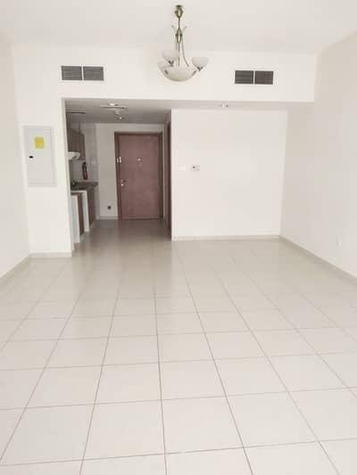Studio for Rent in Jumeirah Village Circle (JVC), Dubai - Studio Available for Rent  Lavender 2 Emirates Gardens 1 JVC