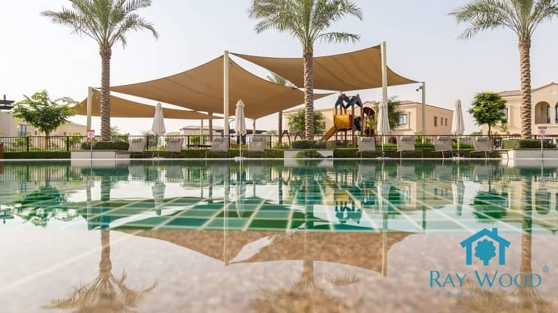 11 Excluisve | On the Park | 5 Bedrooms  Huge Villa