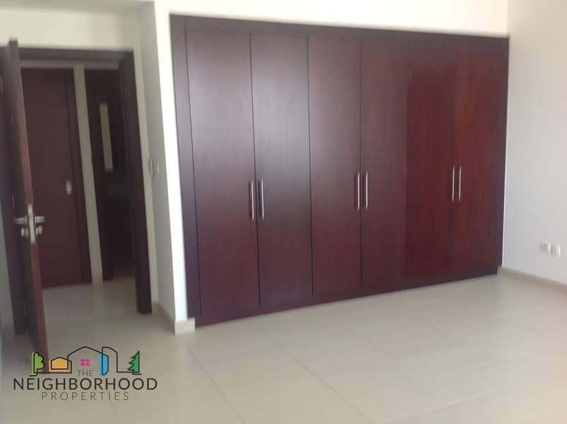 12 HOT MARINA VIEW FURNISHED LARGE 900sqft  BED