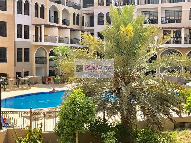 2  Amazing !! Swimming pool View - vacant