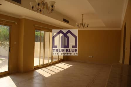 3 Bedroom Villa for Sale in Al Hamra Village, Ras Al Khaimah - NICELY UPGRADED 3 BEDROOM TOWN HOUSE GOLF COURSE VIEW