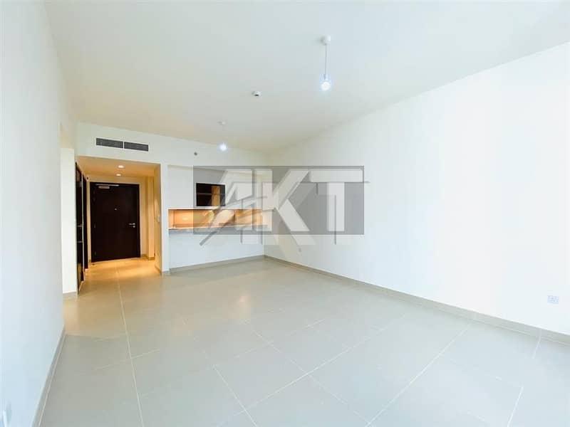 2 980 K / Luxury 1/BHK /Sami Close Kitchen/ Pool View / Balcony /Acacia B/ Dubai Hills