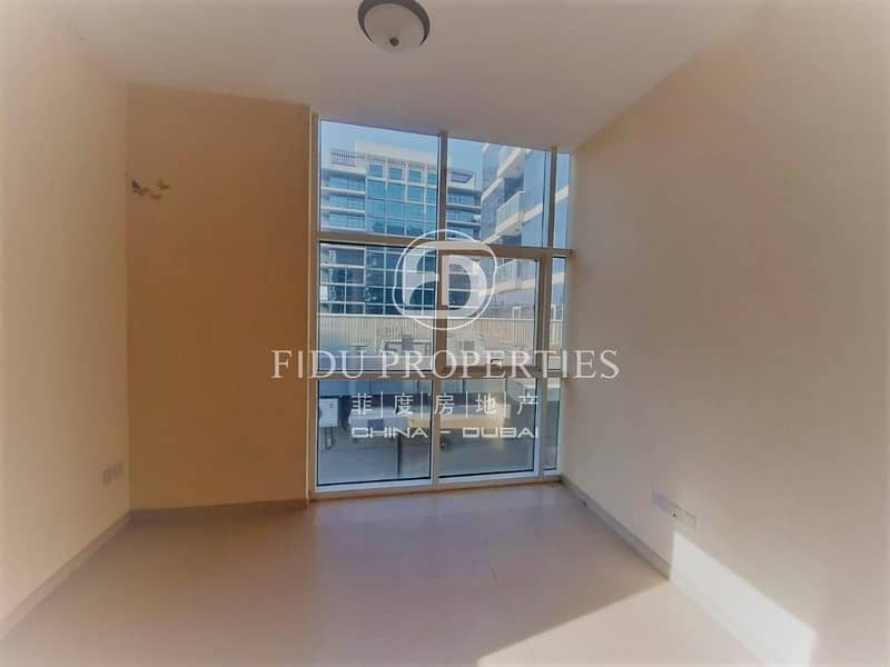 12 Best Price Ever | Closed Kitchen | Close to Mall