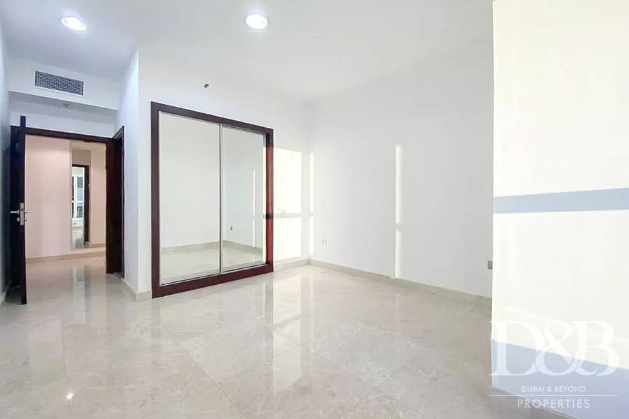 2 Newly Upgraded | High Floor | Sea View
