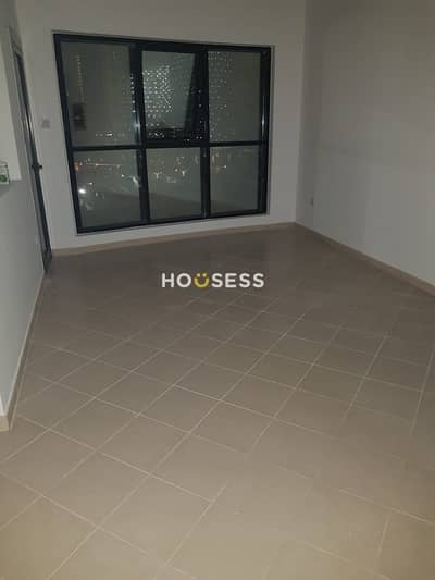 2 Bedroom Flat for Sale in Sheikh Zayed Road, Dubai - Marina View | Vacant |Close to Metro| Chiller Free