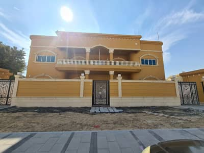 1 Bedroom Flat for Rent in Khalifa City A, Abu Dhabi - We have a one-room apartment for rent in Khalifa City A with balcony