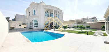 Luxurious Villa with Private Pool& Driver Room For Sale.
