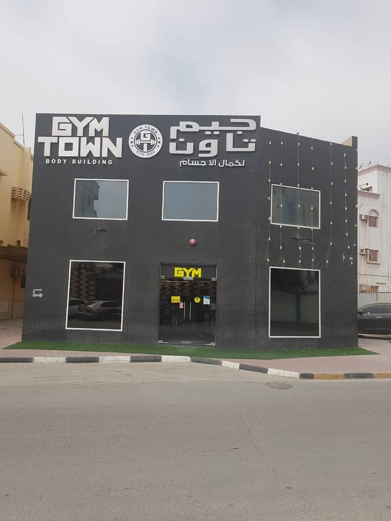 An opportunity for successful investment in Ajman and the annual return is very attractive * Building for sale, an area of 8,300 feet