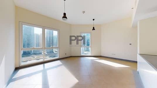 استوديو  للايجار في برشا هايتس (تيكوم)، دبي - Large   Spacious  Well lit Studio for rent