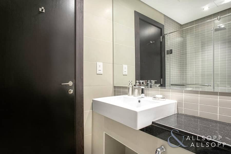 10 1 Bed | Marina View | Access To Pool & Gym