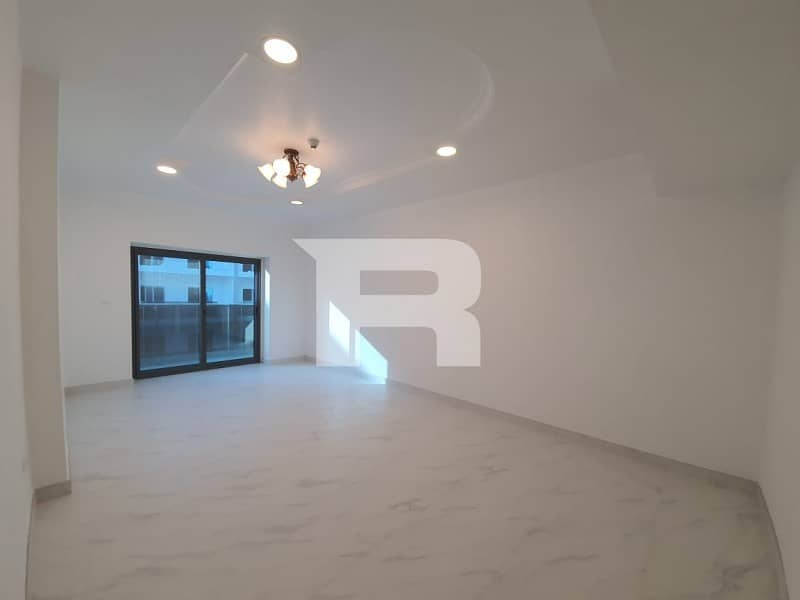 Spacious 2Br with Chiller Free Dubailand