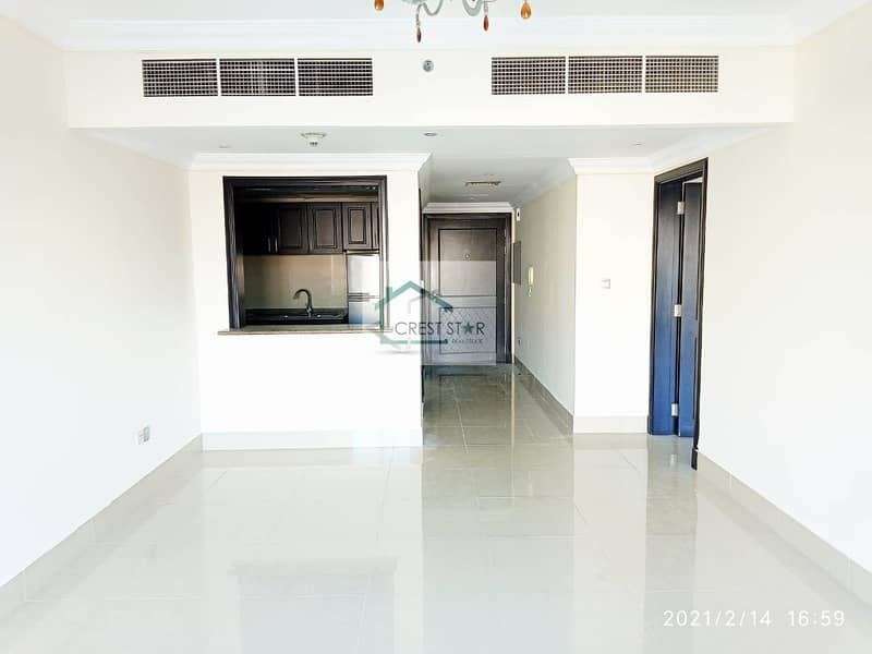 2 Spacious 1 bedroom with Balcony in JVC