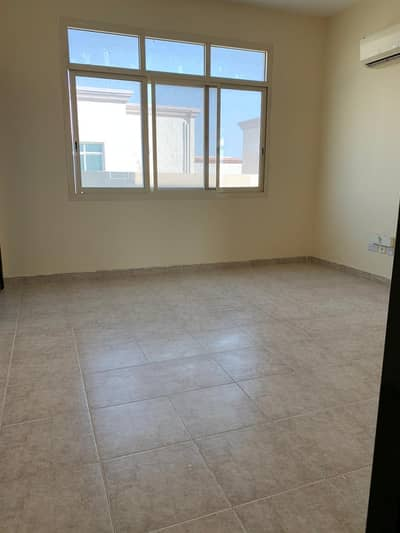 فلیٹ 1 غرفة نوم للايجار في بني ياس، أبوظبي - شقة رائعة غرفة صالة شهري في بني ياس